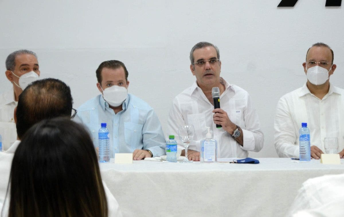 Presidente Abinader anuncia obras en provincia de La Vega