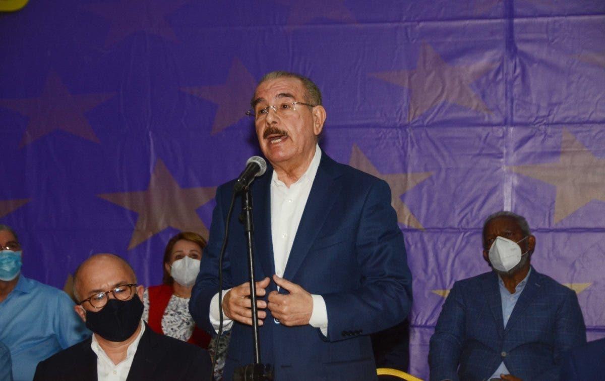 Dirigentes peledeístas entienden Danilo Medina debe ocupar la presidencia del partido