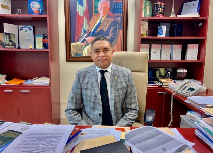 Senador por Elías Piña califica de fructífero primeros 100 días de su gestión