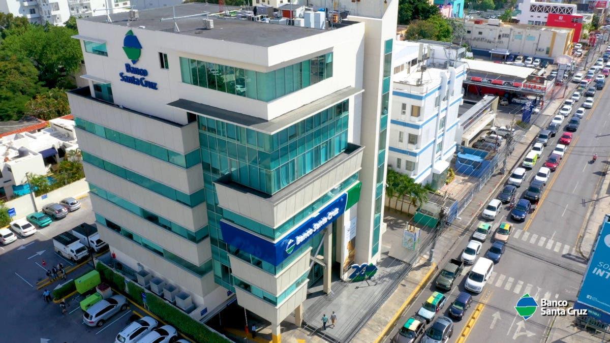 Banco Santa Cruz aumenta en RD$2000 millones su capital y refuerza respaldo a las pymes