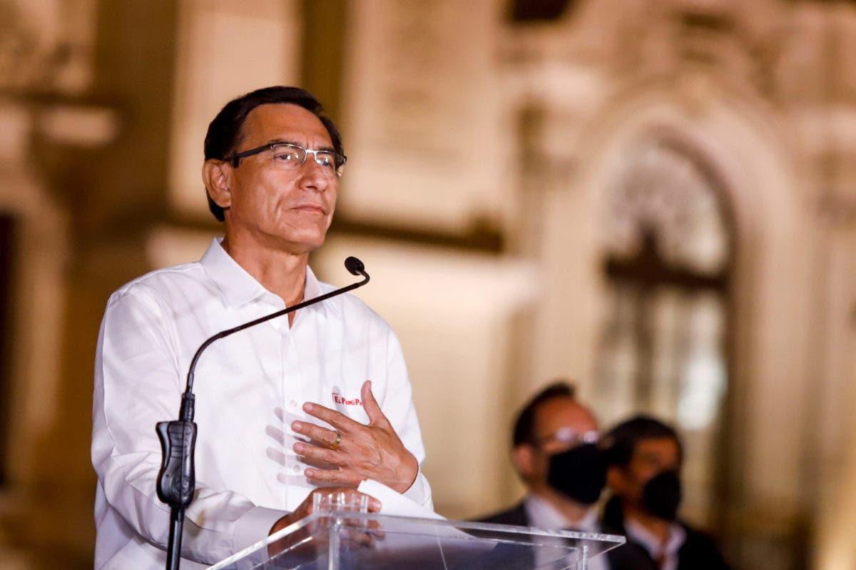 """""""Obviamente, me duele"""", admite Martín Vizcarra sobre su destitución como presidente de Perú"""