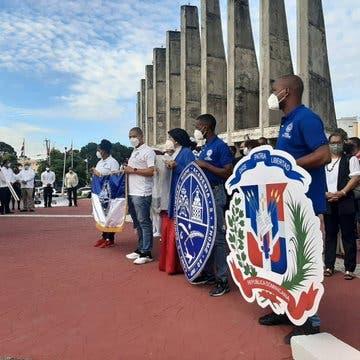 Luis Abinader encabeza actos en San Cristóbal por Día De La Constitución
