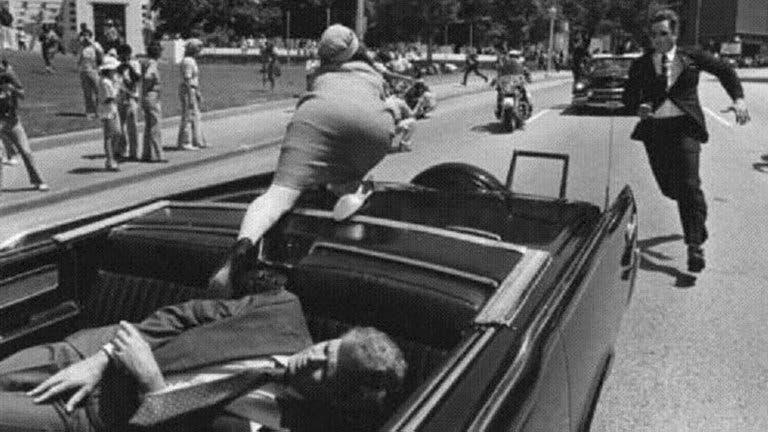 A 57 años del asesinato de John F. Kennedy, el dramático testimonio de médico que estuvo en sala de emergencia