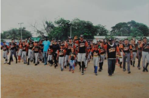 Liga Rafael Báez celebra su 30 aniversario