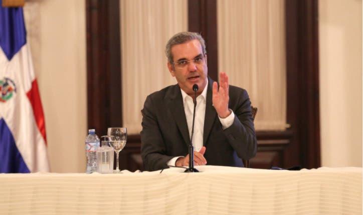 Luis Abinader presenta Plan Nacional de Competitividad