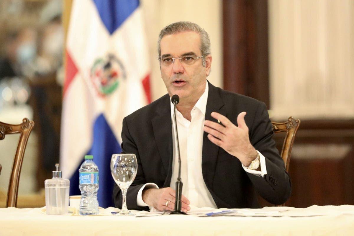 Luis Abinader reitera su oposición al matrimonio infantil