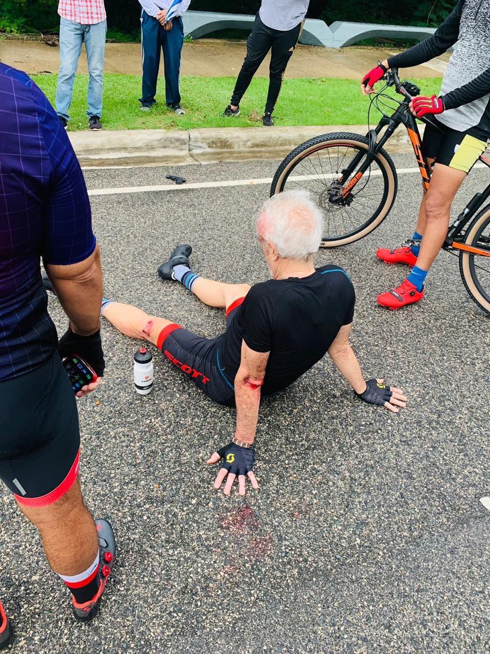 Hombre golpeado para despojarlo de su bicicleta en Mirador Sur
