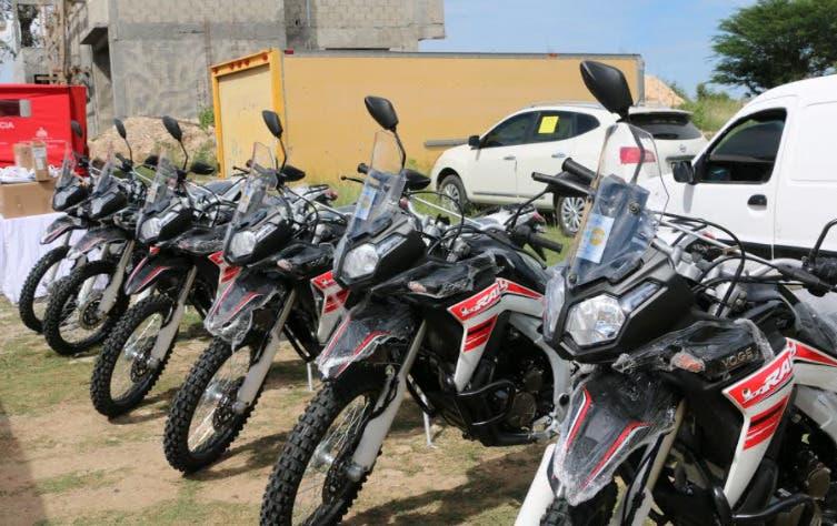 UNFPA entrega motoambulancias y otros equipos en Elías Piña