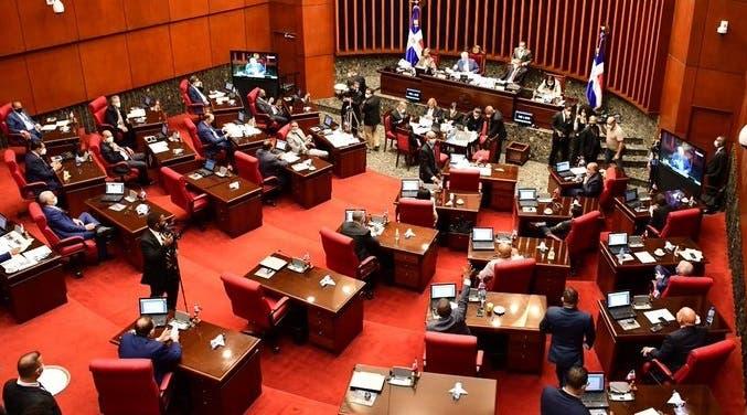 Detalles del momento en que el Senado decide Fuerza del Pueblo sea segunda mayoría y no el PLD