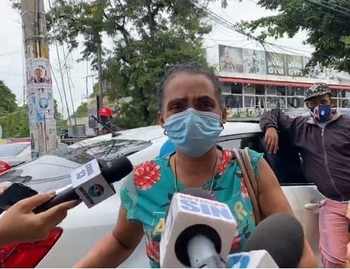 """Madre de apresado por muerte de niña en Los Alcarrizos: """"estábamos armando un arbolito"""""""