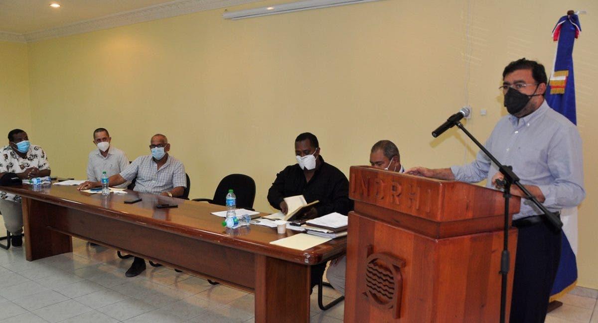 INDRHI permanece atento a requerimientos de usuarios de riego a nivel nacional