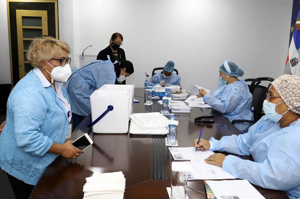 Hospital Santo Socorro realiza operativo de pruebas COVID-19 en Digepres