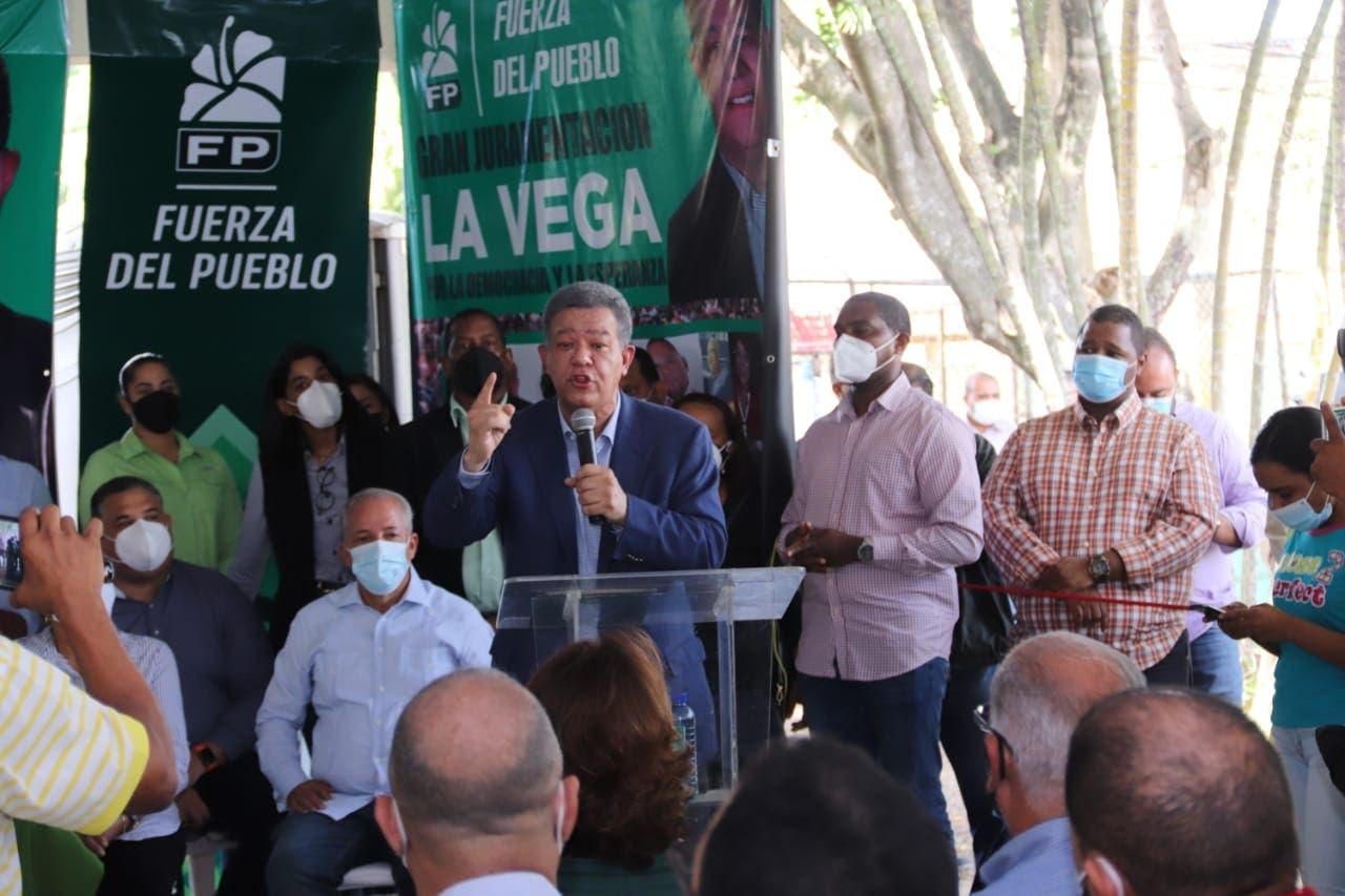 Leonel Fernández dice FP se posiciona como primer partido de oposición