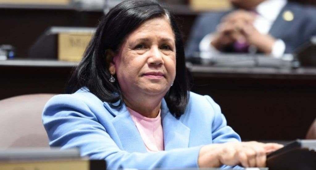 Miriam Cabral resta importancia proclamación de Fuerza del Pueblo como principal partido de oposición