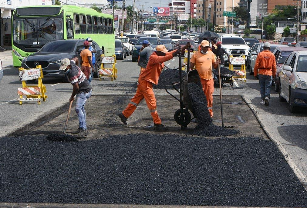 Reparan avenida 27 de Febrero desde la Isabel Aguiar hasta la Josefa Brea