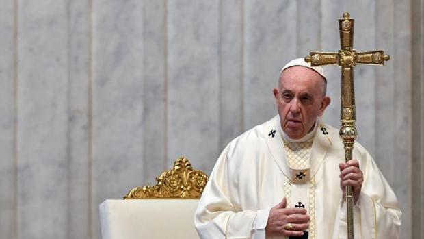 El papa vuelve a sufrir un ataque de ciática y no podrá oficiar sus próximas misas