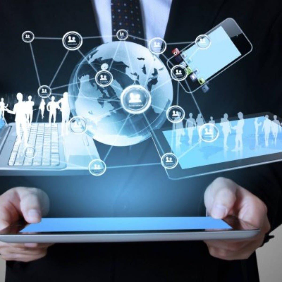 """Expertos instan a """"democratizar"""" la tecnología digital en Latinoamérica"""
