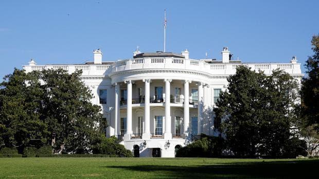 La Casa Blanca pone un pie en el Pentágono mientras Trump no admite derrota