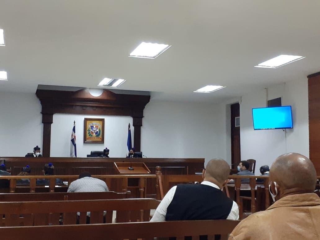 Caso Andreea Celea: Defensa de Ángel Villanueva alega por fallas técnicas no se puede escuchar con claridad testimonio virtual