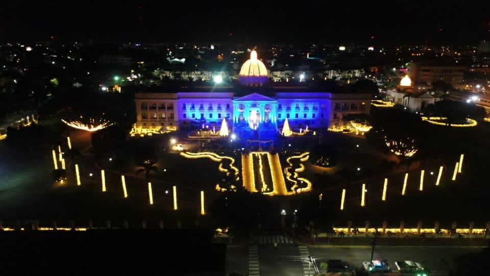 FOTOS: ¡Ya es Navidad en el Palacio Nacional!