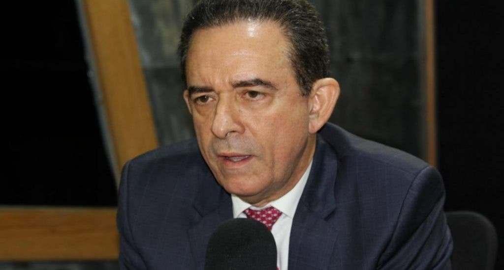 Abogado de Alexis Medina dice MP engañó al tribunal y prostituyó el proceso