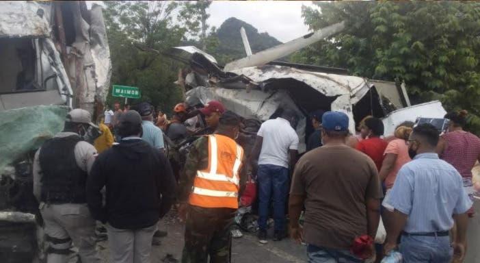 Tres personas muertas y dos heridas en choque carretera Puerto Plata-Maimón