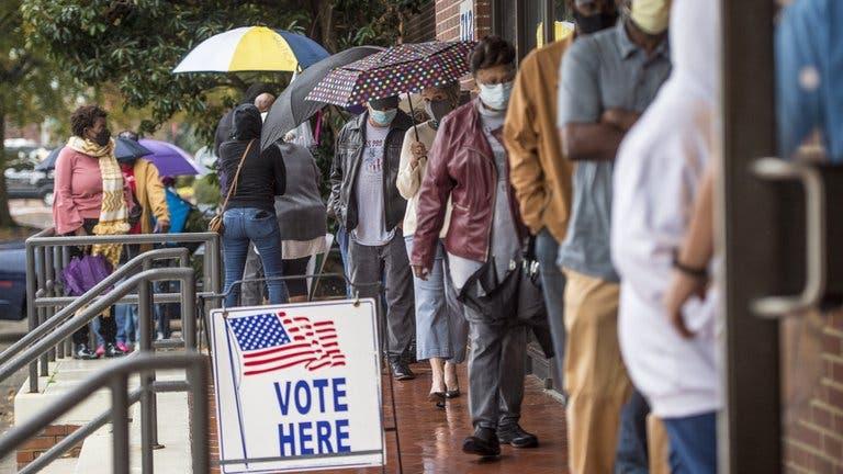 Comenzó en Georgia la votación anticipada de las elecciones que definirán el control del Senado de EEUU