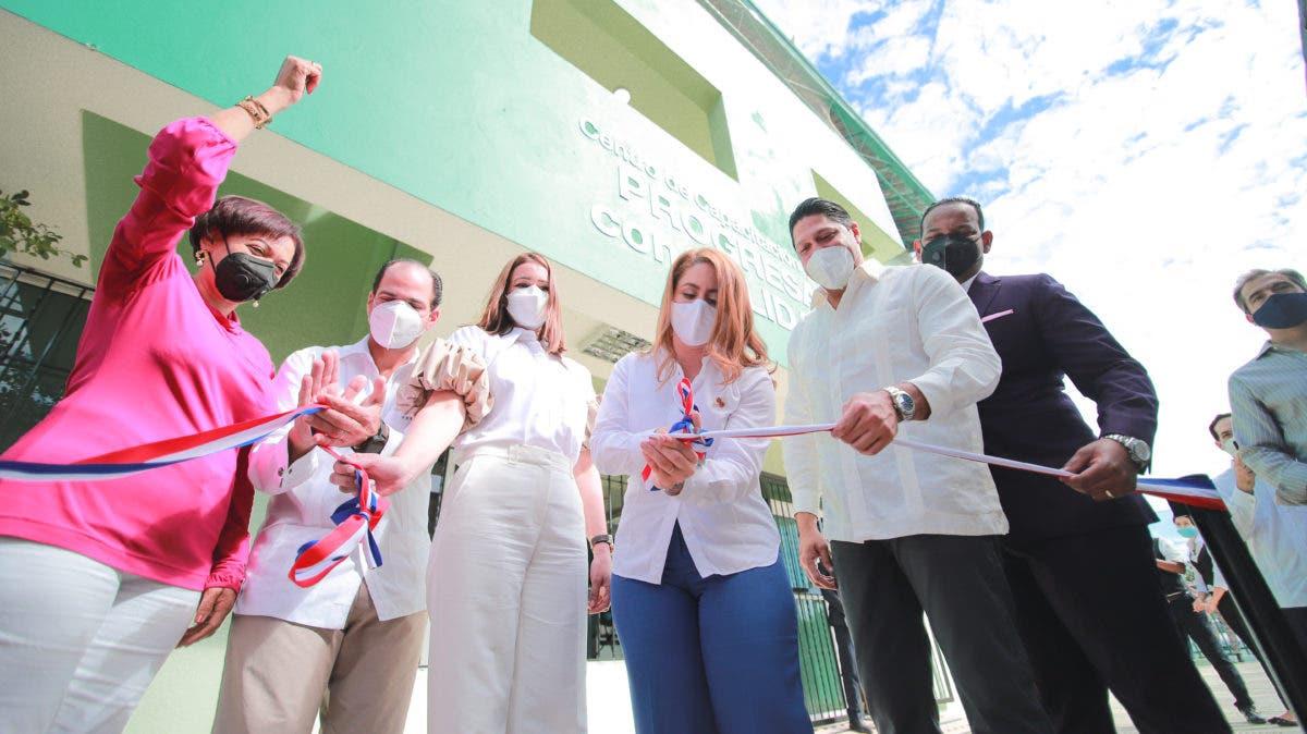 Prosoli inaugura Centro de Capacitación Gastronómica en Boca Chica