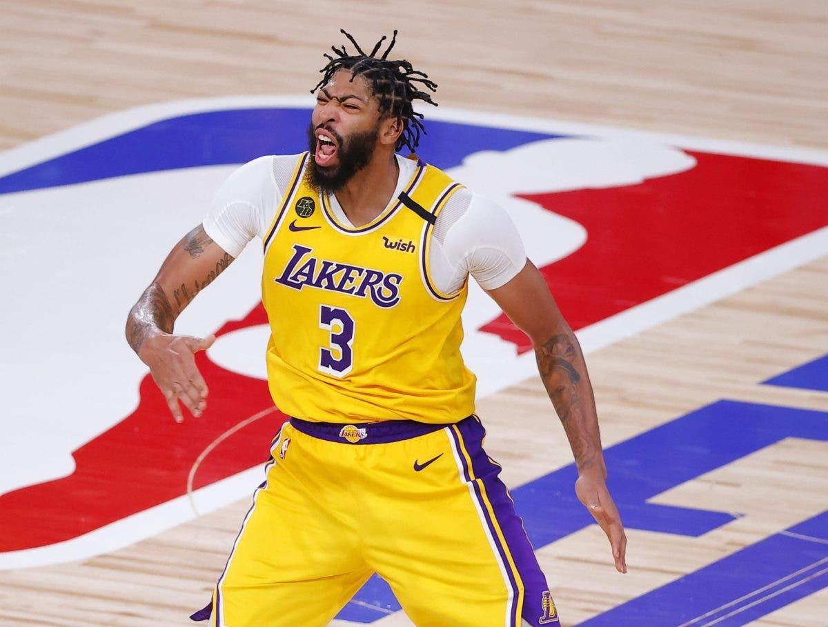 Anthony Davis renovó con los Lakers por 5 años