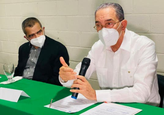 Gobierno anuncia 300 becas para  grado, maestrías y doctorados para Jarabacoa