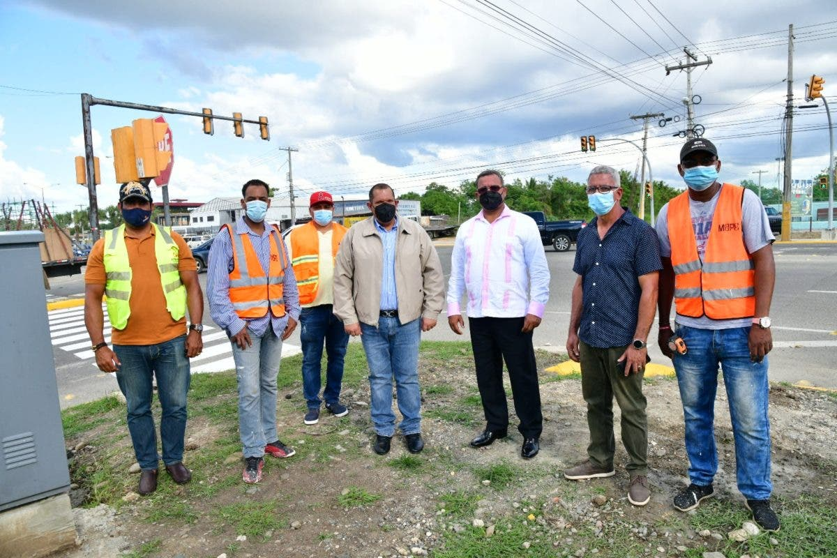 INTRANT implementa sistema de semáforos en la Jacobo Majluta