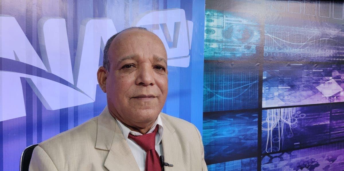 Dirigente ADP en Santiago denuncia maestros deben comprar «paqueticos» para impartir docencia