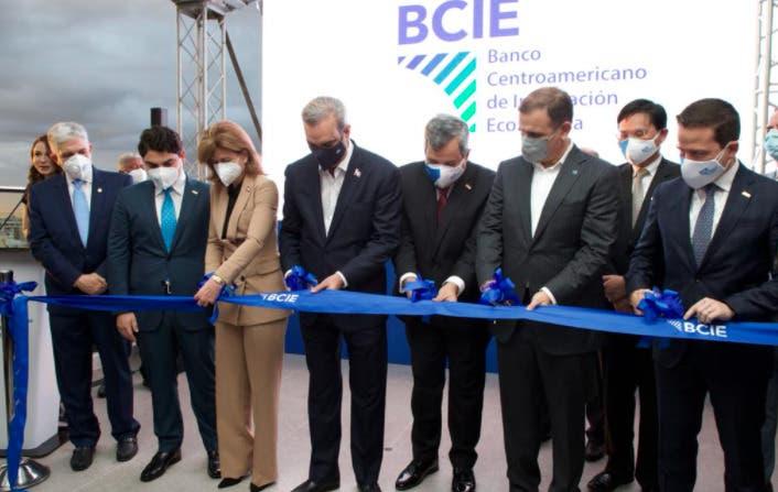 Luis Abinader confianza del BCIE en financiamientos del proyectos en el país