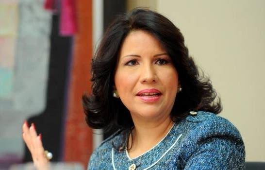 Margarita Cedeño pide condicionar entrega ayuda social a vacunación