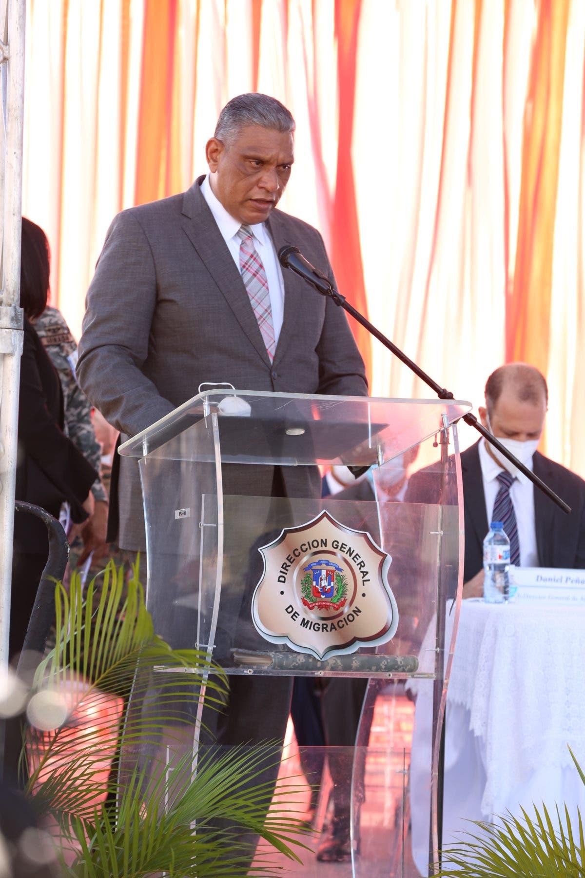 Ministro de Interior y Policía: «En nuestra frontera se impondrá la ley»