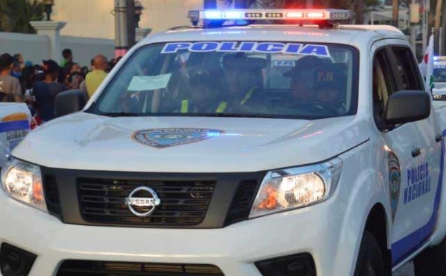 Atacan a pedradas y botellazos destacamento policial del sector San Carlos