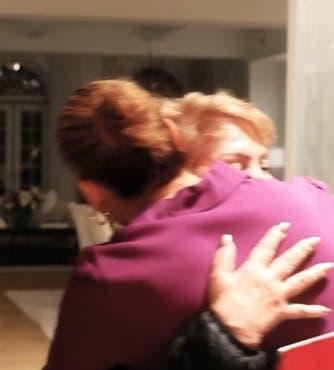 Jennifer López sorprende una vez más a su madre por su cumpleaños