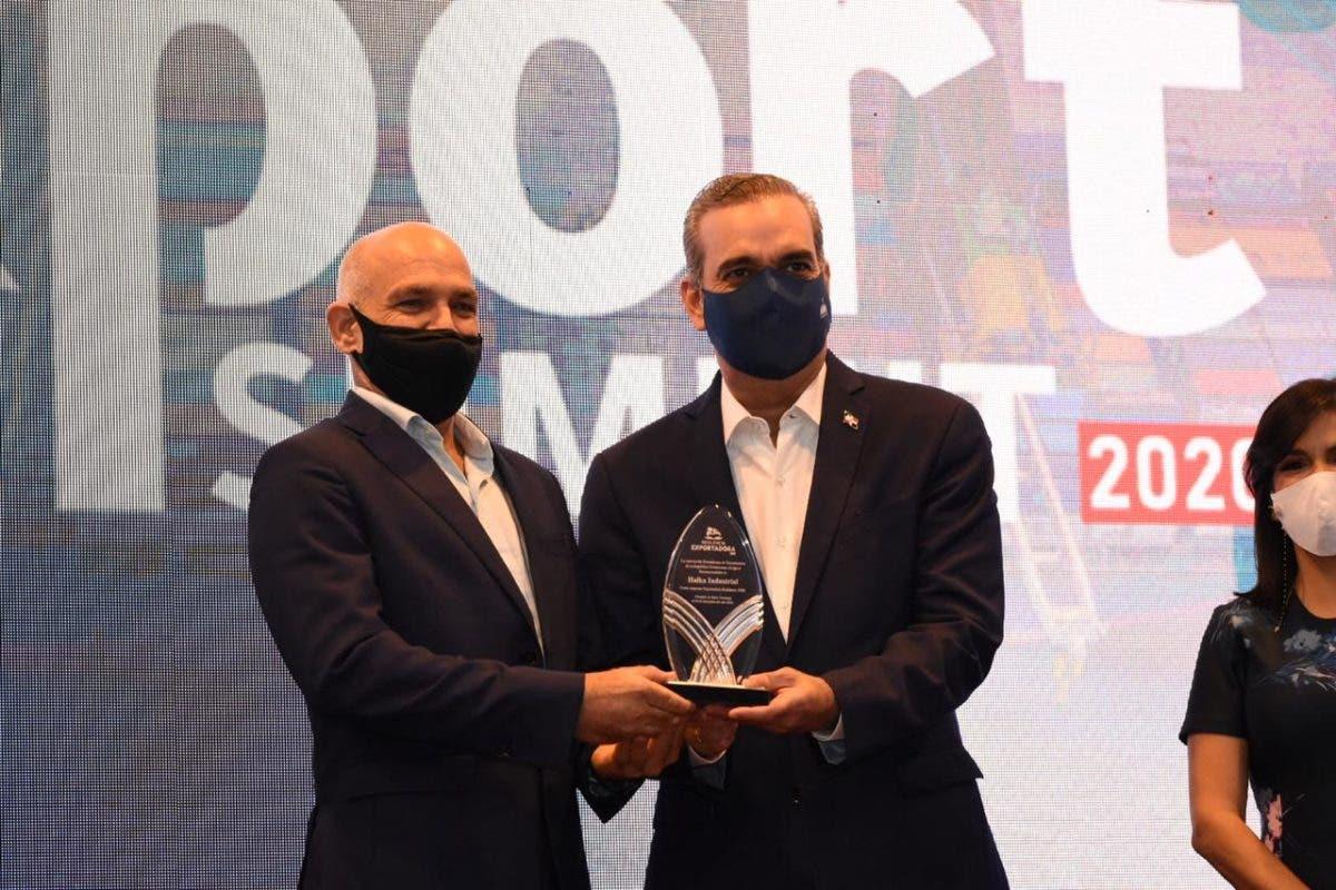 Adoexpo reconoce Halka Industrial