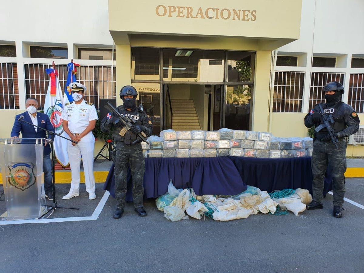 Ocupan 350 paquetes de cocaína en Bayahíbe