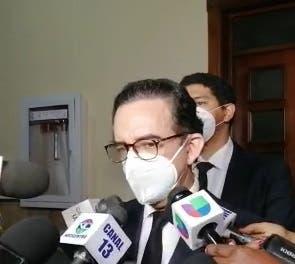 Abogado Carlos Salcedo rechaza medida dictada por juez Vargas a Francisco Pagán y Alexis Medina