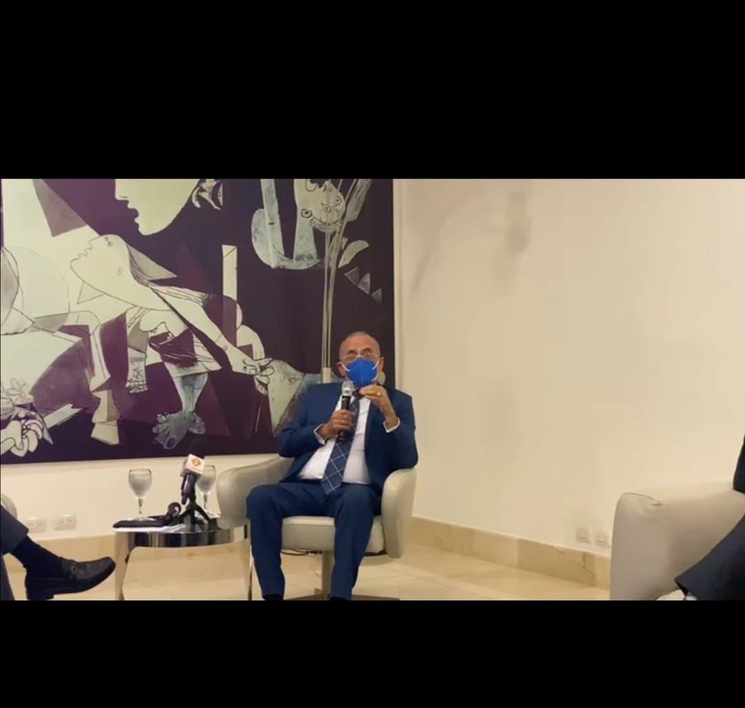 Ministro de Salud explica cómo se curó de coronavirus