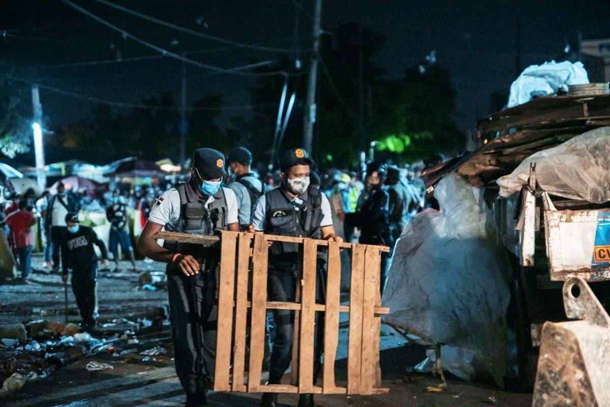 ADN realiza operativo de recuperación espacios públicos en la Duarte