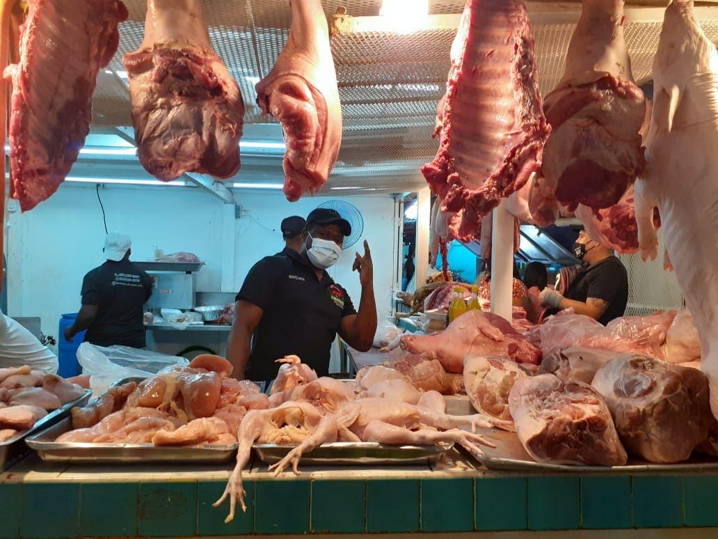 Alzas en los precios y crisis por COVID-19 provocarán cena austera en Nochebuena