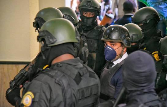 Las pruebas que justificarían libertad Alexis Medina, según Carlos Salcedo
