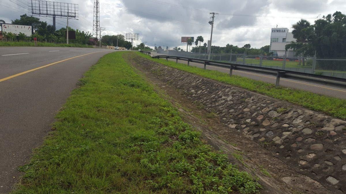 Cuatro heridos tras riña por accidente de tránsito en autopista Duarte