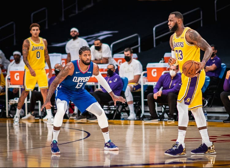 Los Clippers derrotan a los Lakers con 33 puntos de George