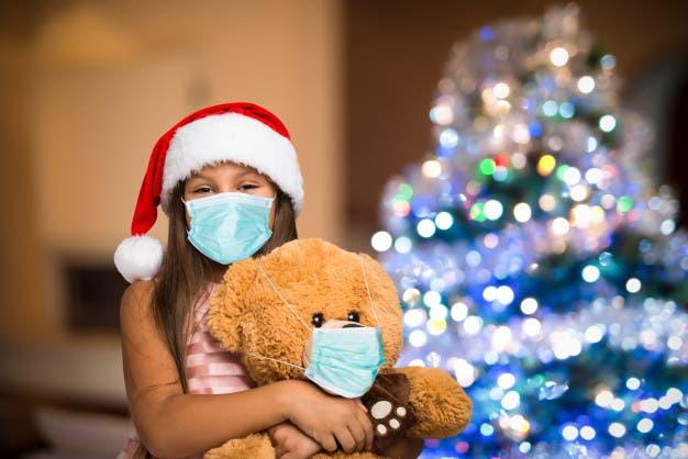 """Habrá """"Navidad en familia"""" si se mantienen cuidados anticovid, dice experta"""
