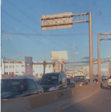 Se registran fuertes tapones en el Gran Santo Domingo este lunes
