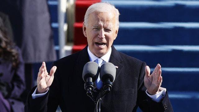 """Biden dice que Trump le ha dejado """"una carta muy generosa»"""