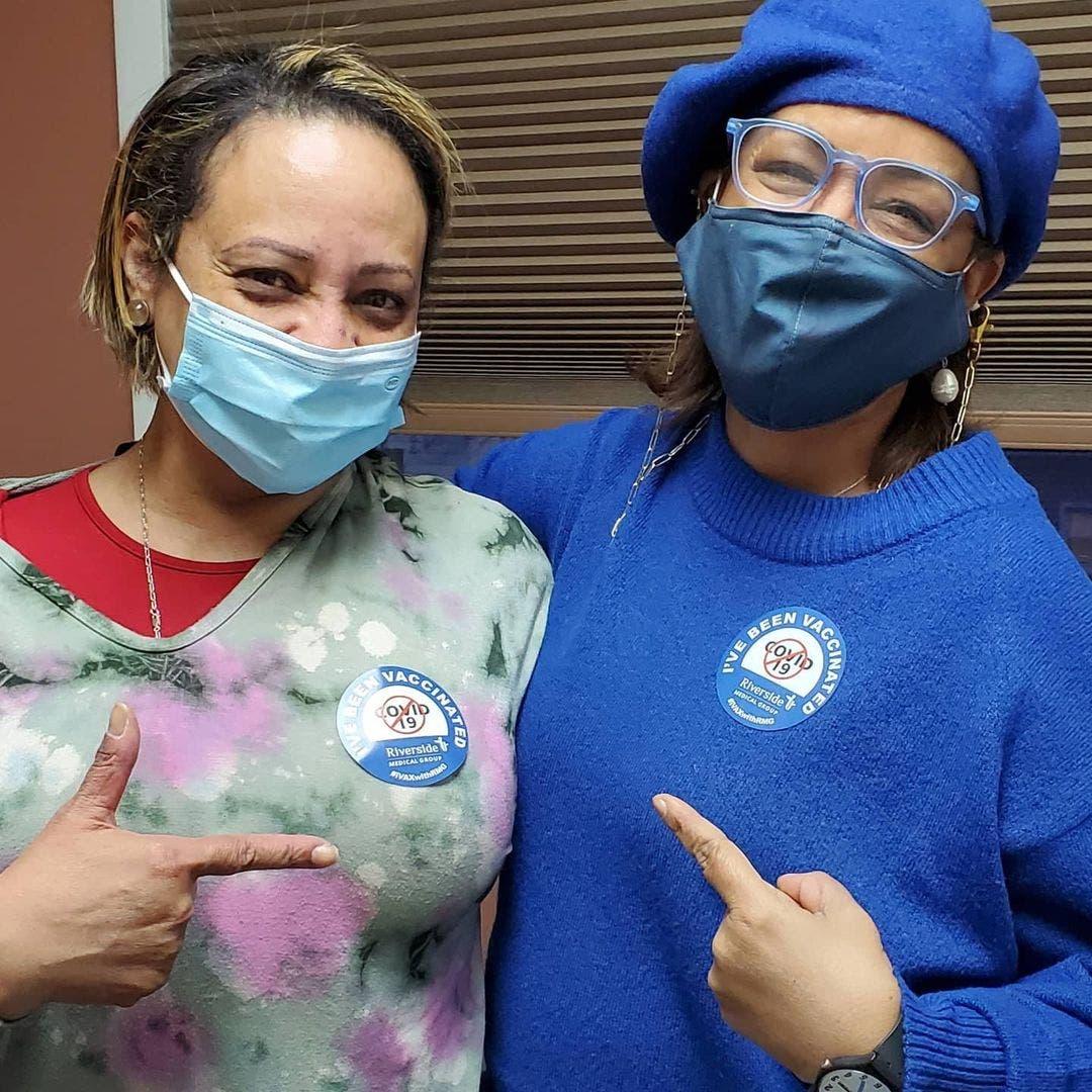 Milly Quezada se vacuna contra COVID-19